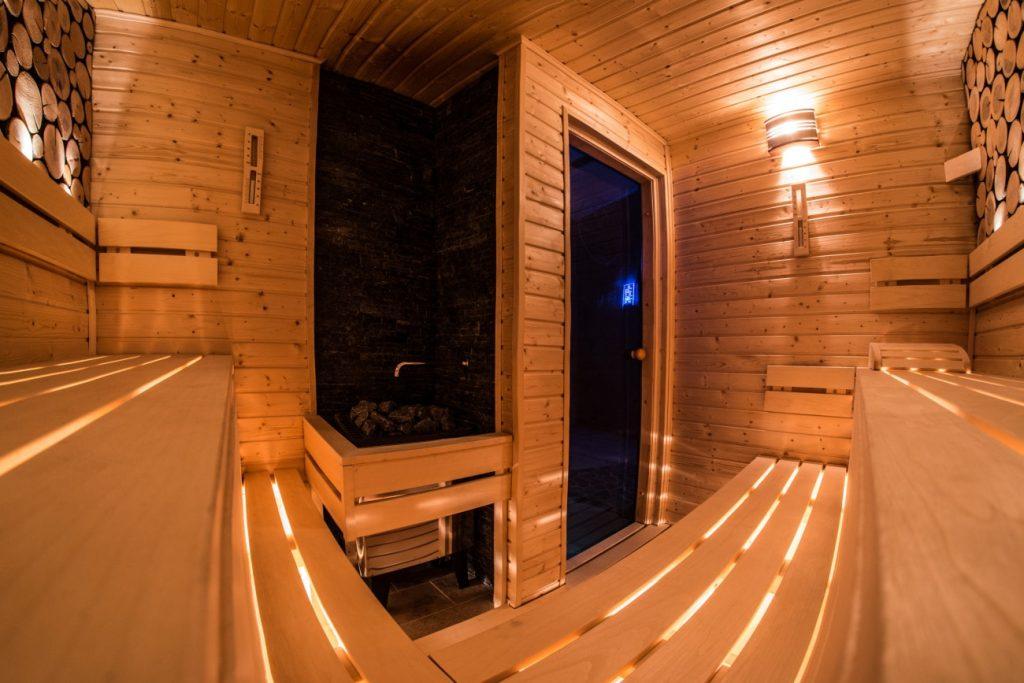 Finnish aroma sauna, Fínska aromatická sauna - Wellness Paradise Žilina, Sauna & SPA, Relax